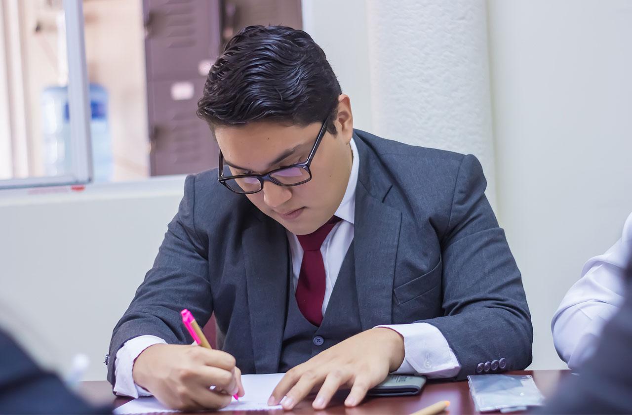 Colegio Academia Cristiana Internacional | Bachillerato en Teología